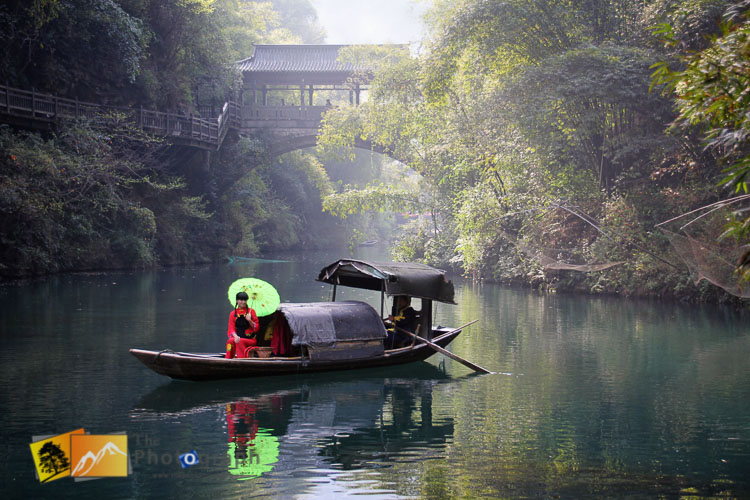 Traditional boat on the Yangtze river