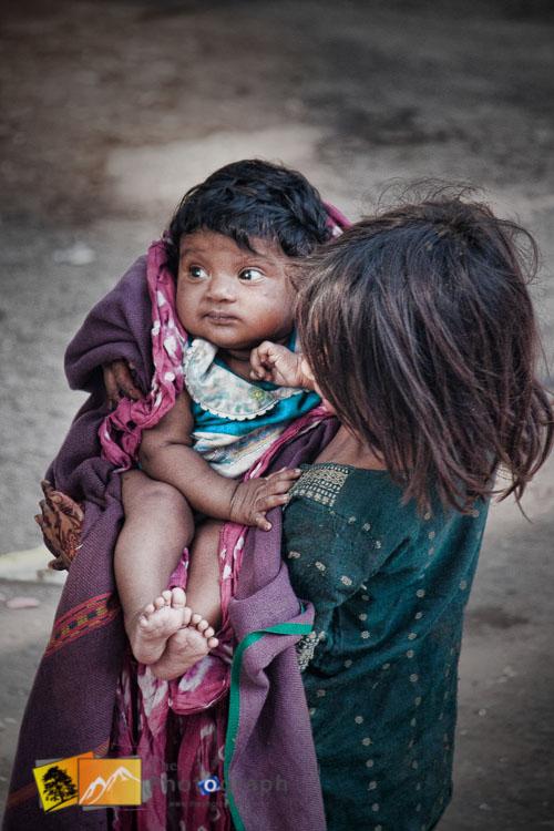 beggar children in Delhi