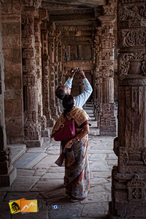 Qutab Minar Indian tourists
