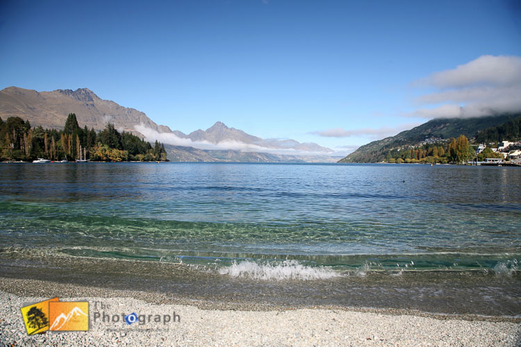 Queenstown lake Wakatipu shore.