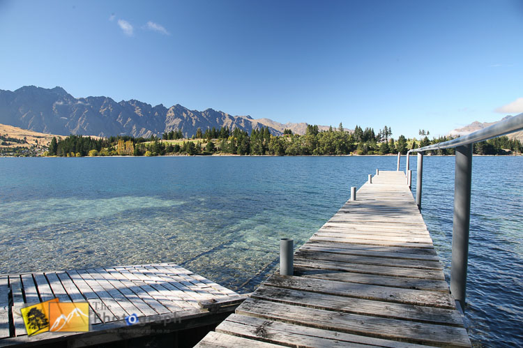 Lake Wakatipu jetty and remarkables.