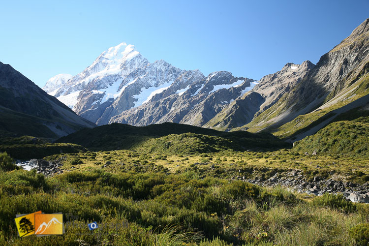 Snow dusting on mount cook.